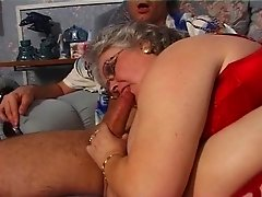 BBW granny sucks and fucks in stockings