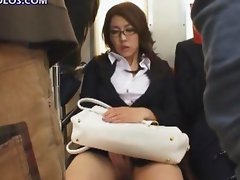 Girl Masturbates While On A Train