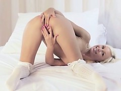 Extreme blonde with unique anus