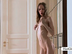 Awesome Gloria taking off lingerie works her quim