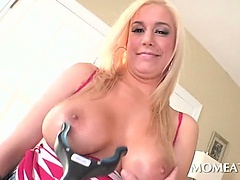 Voluptuous mommy gets boob toyed and gives hot blowjob