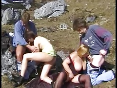 2 guys join 2 lesbian and ... foursome !