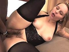 Chick loves to be fucked