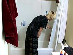 Erik enjoys the pleasures of his Fleshlight in this shower