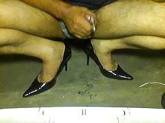 wank in heels