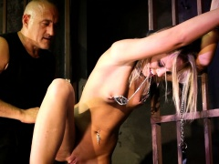 Pussyfucked sub queening her maledom