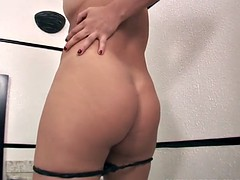 This is the first time to fuck a hot tranny