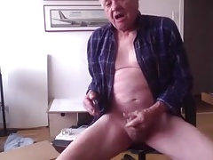 Grandad manages to cum