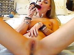 Pretty Babe in a Super Hot Masturbation Show