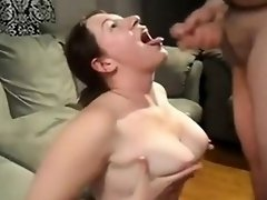 Her mouth for cum starts