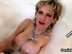 Cheating british mature lady sonia displays her massive natu