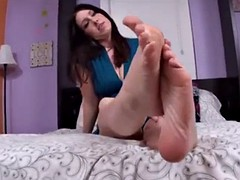 sexy brunette cum all over my sexy feet and soles