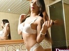 Alluring Shemale Marcelle Herrera Receives a Mechanical Ass Reaming