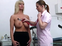 Vanessa is having a real load during a obgyn check-up, because she is about to jizz