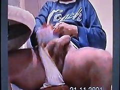 masturbazione con sborrata