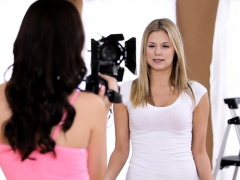 Slutty girls come for a teen casting and do some mad tricks