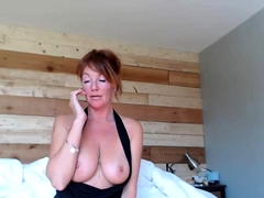 amateur shininglove flashing boobs on live webcam